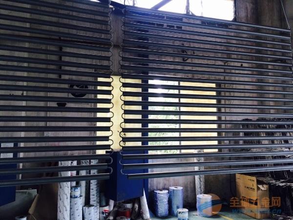 条型扣板,挂片,格栅,圆管与方管等吊顶天花系列产品;轻钢隔墙龙骨系统