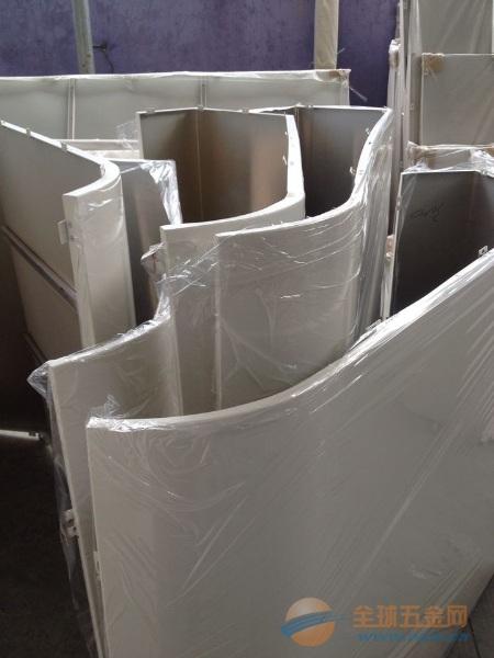 弧形闪银铝单板