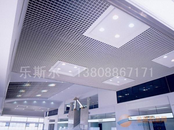 商场大堂铝格栅天花吊顶