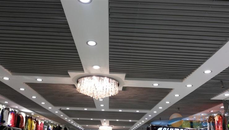 一般J型铝挂片天花吊顶用哪些规格
