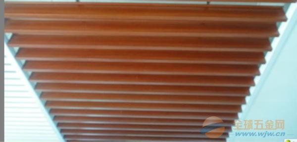 湖南湘西土家族苗族自治州型材铝方通型材铝方通