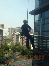 外墙高难度裂痕加固施工 广州外墙窗台补漏