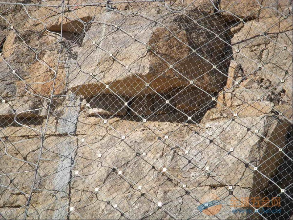 西藏铁路边坡防护网价格