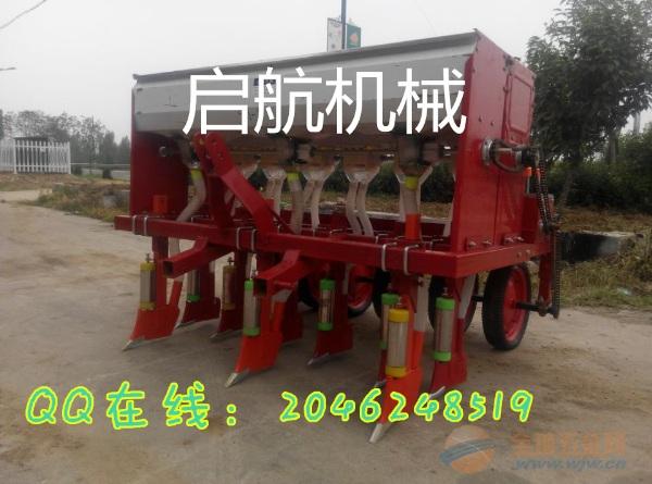 陆丰拖拉机带播种机价格生产销售萝卜籽播种机