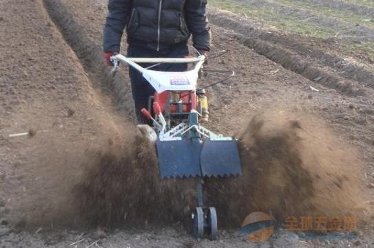 开沟高效新款智能田园开沟培土专业一体机