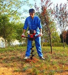 单人操作植树挖坑机 视频观看