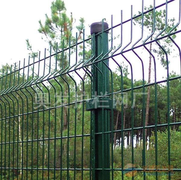 奥发公共区域隔离防护金华高速公路护栏网