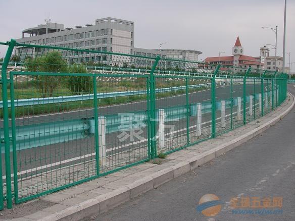 重庆高速公路绿色铁丝网围栏