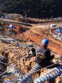 优质铁路防护晴隆高速公路护栏网厂家