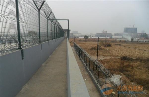 揭西县矿山覆绿镀锌铁丝网现货厂家